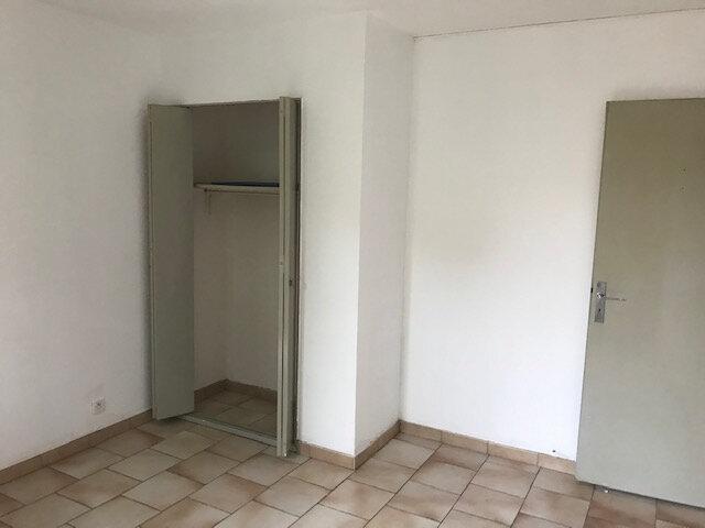 Appartement à louer 2 45.84m2 à Saint-Martin-de-Crau vignette-3
