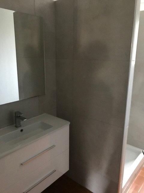 Appartement à louer 2 45.84m2 à Saint-Martin-de-Crau vignette-4