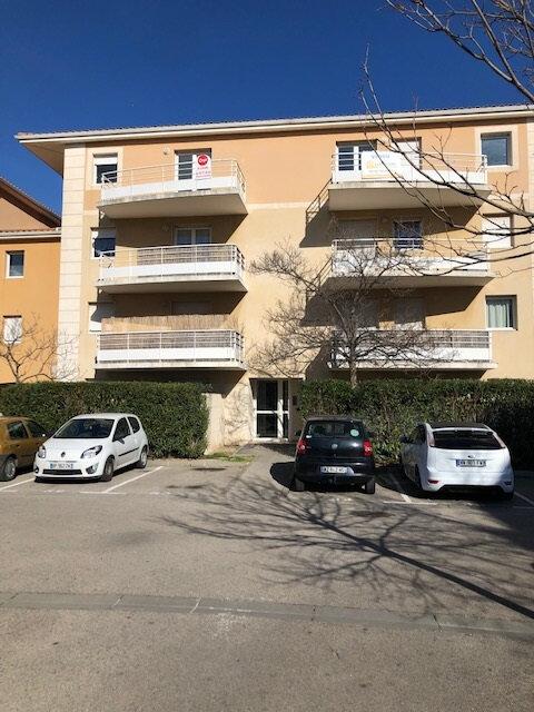 Appartement à louer 2 48.72m2 à Miramas vignette-1