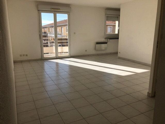 Appartement à louer 2 48.72m2 à Miramas vignette-2