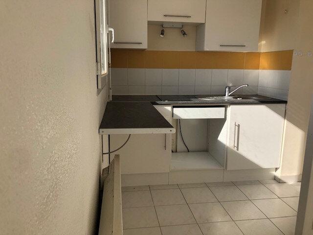 Appartement à louer 2 48.72m2 à Miramas vignette-5