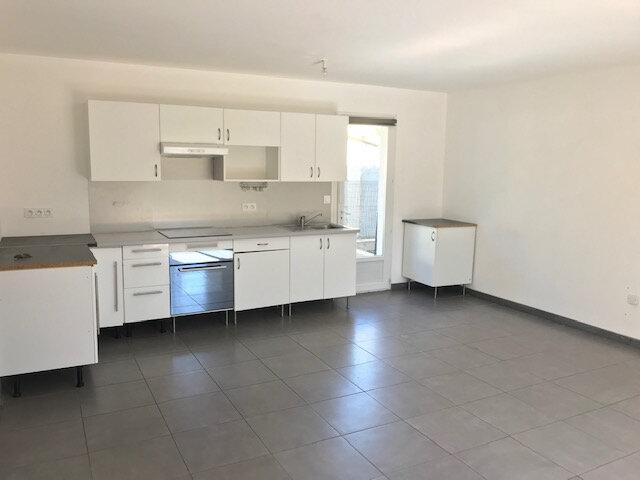 Maison à louer 4 73.45m2 à Mouriès vignette-1