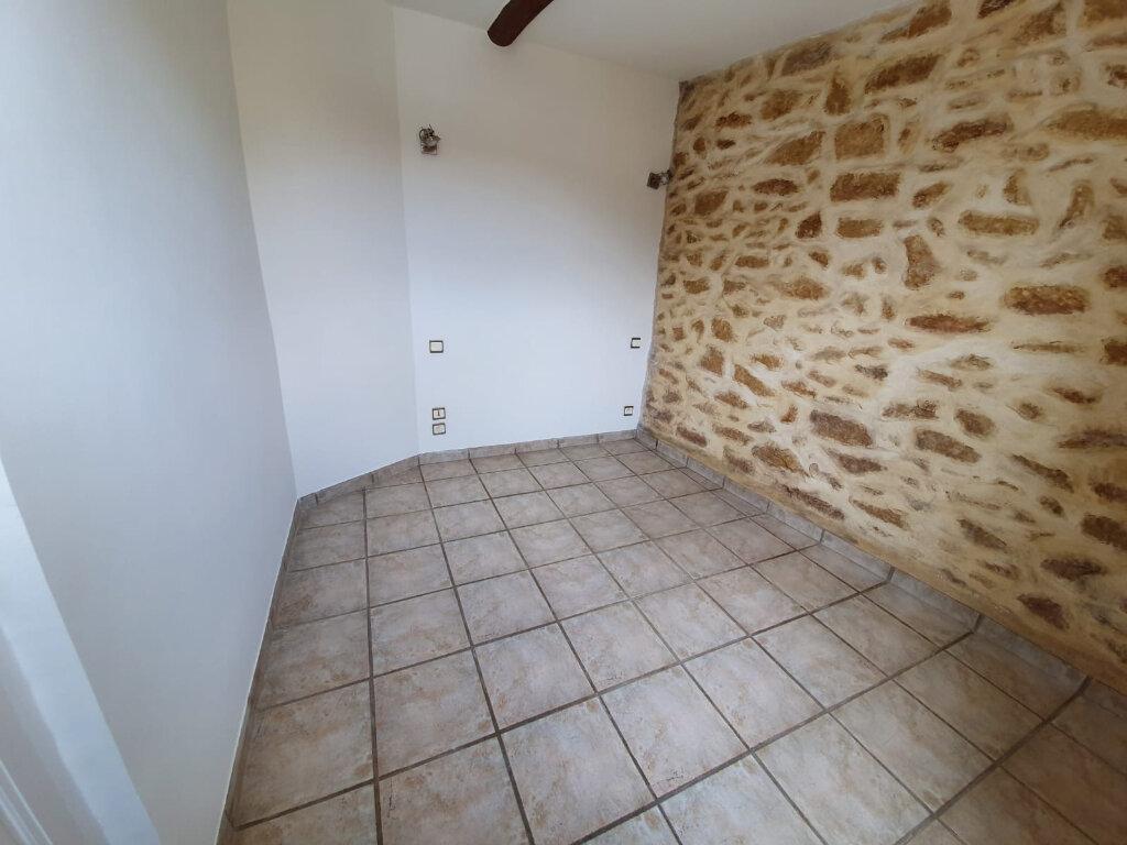 Appartement à louer 2 32.67m2 à Grans vignette-4