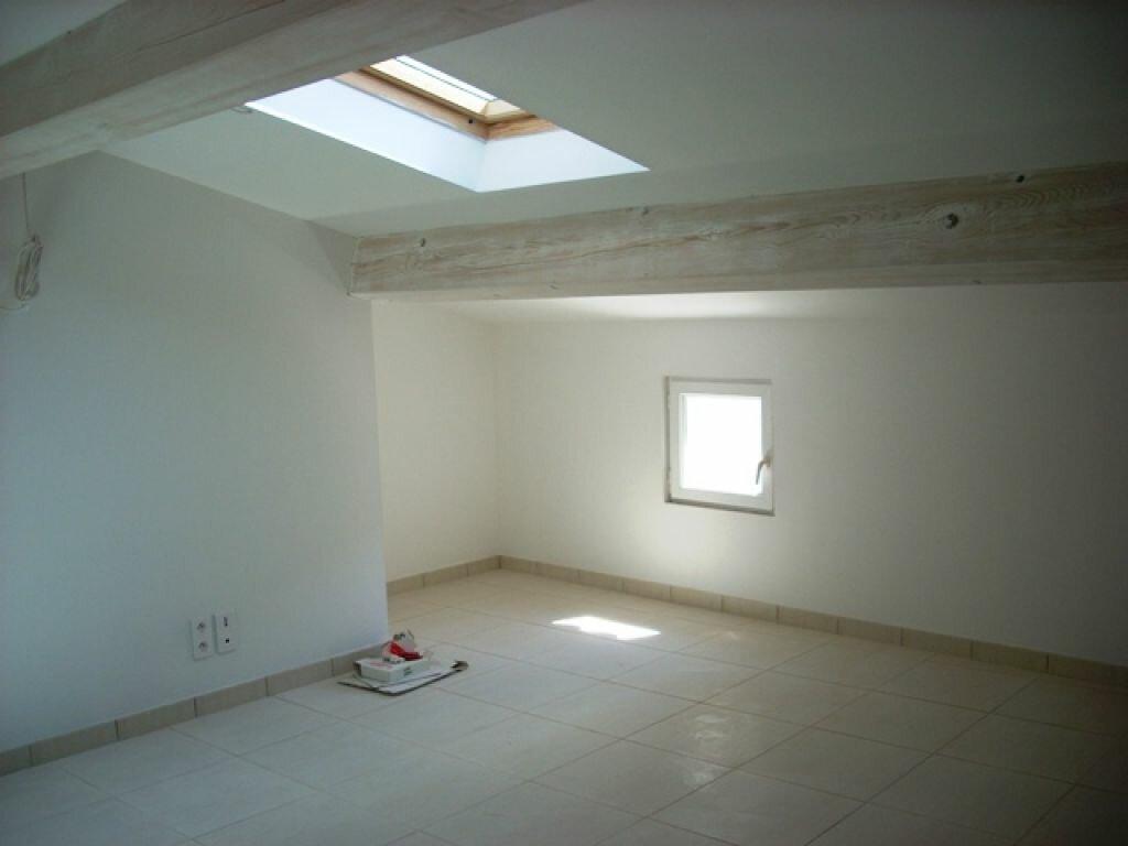 Appartement à louer 2 50m2 à Pélissanne vignette-1