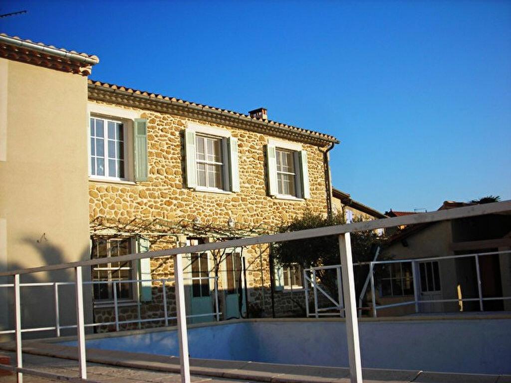 Maison à louer 3 80m2 à Salon-de-Provence vignette-1