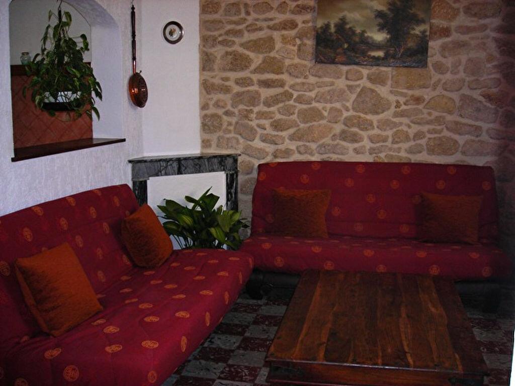 Maison à louer 3 80m2 à Salon-de-Provence vignette-3