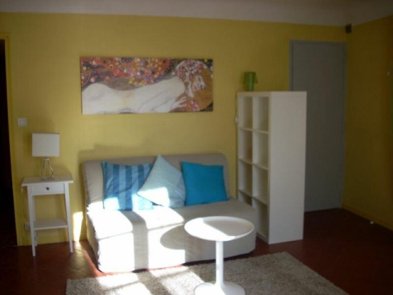 Appartement à louer 1 33m2 à Lambesc vignette-2