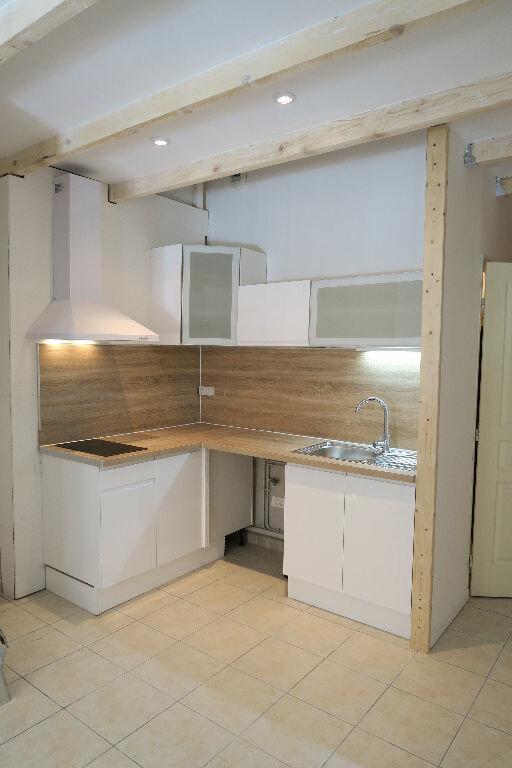 Appartement à louer 2 38m2 à Lambesc vignette-5