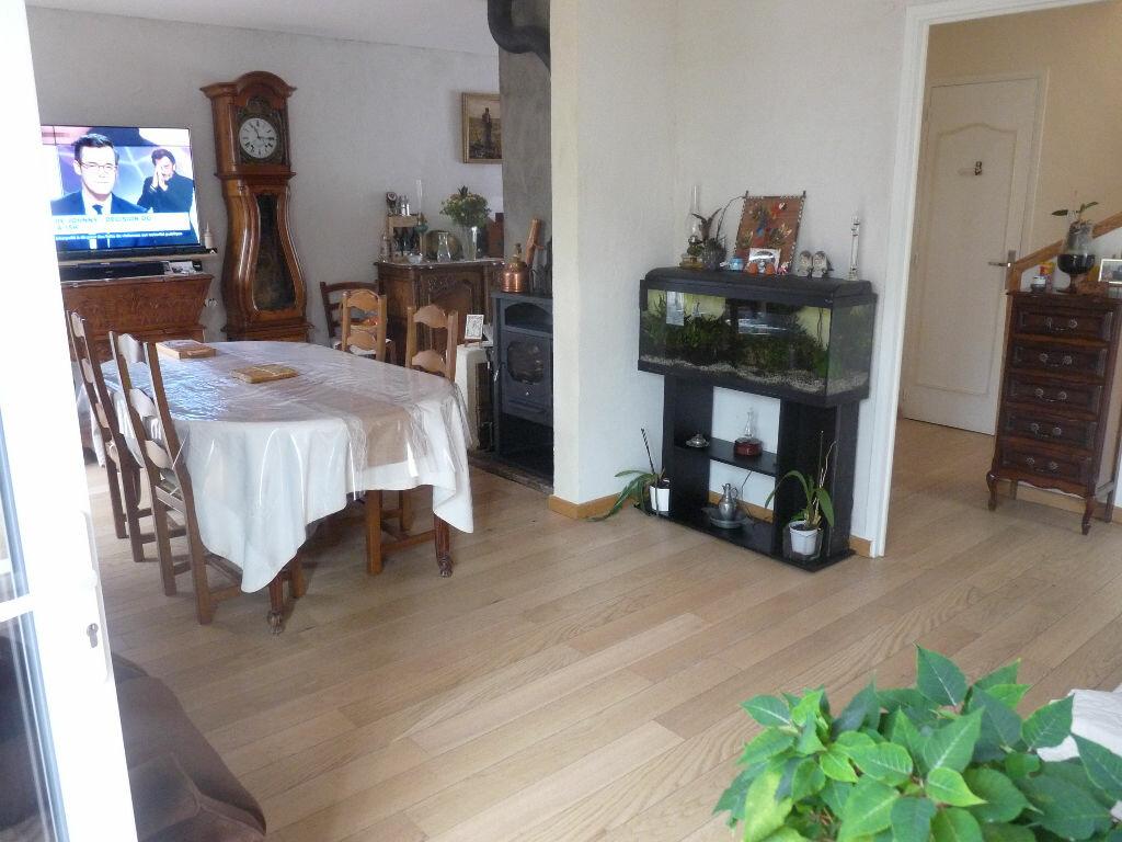 Maison à vendre 4 90.62m2 à Lambesc vignette-4