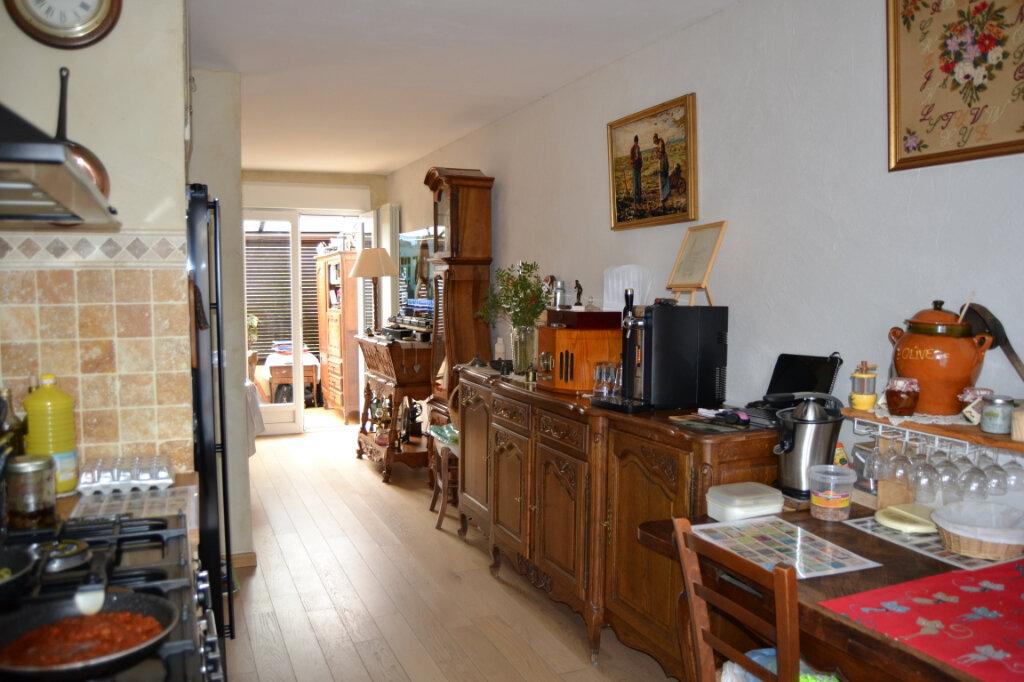 Maison à vendre 4 90.62m2 à Lambesc vignette-6
