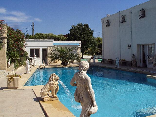 Maison à vendre 9 635m2 à Lambesc vignette-5