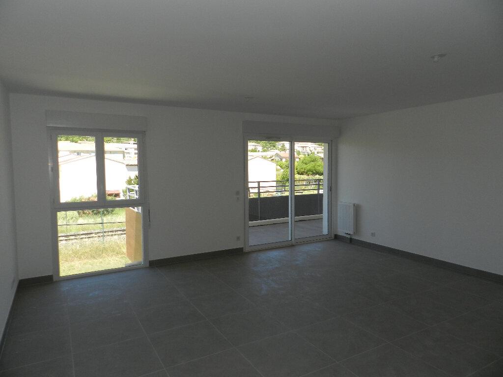 Appartement à vendre 3 65.62m2 à Manosque vignette-3