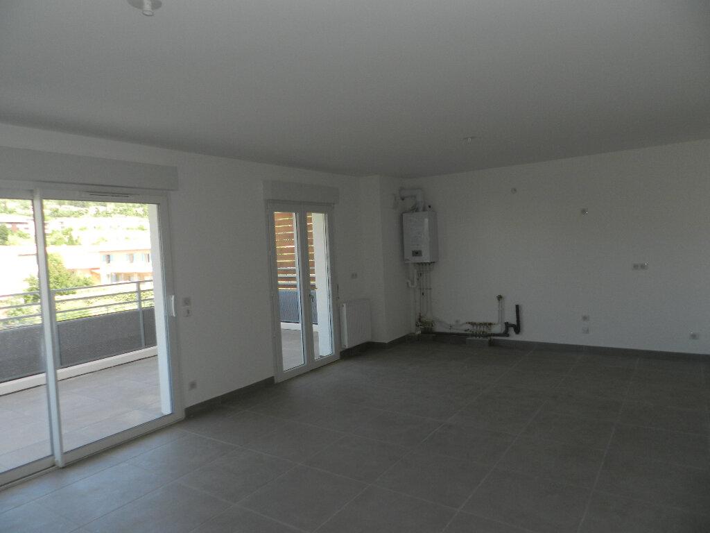 Appartement à vendre 3 69.9m2 à Manosque vignette-3