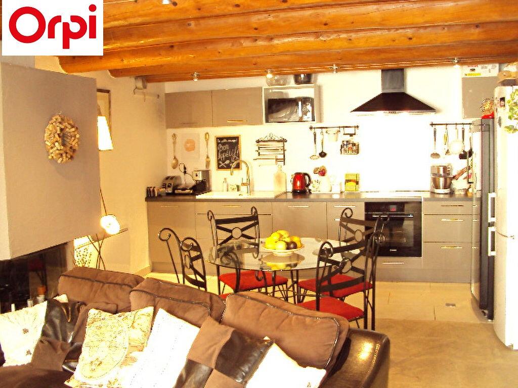 Maison à vendre 4 100m2 à Lambesc vignette-1