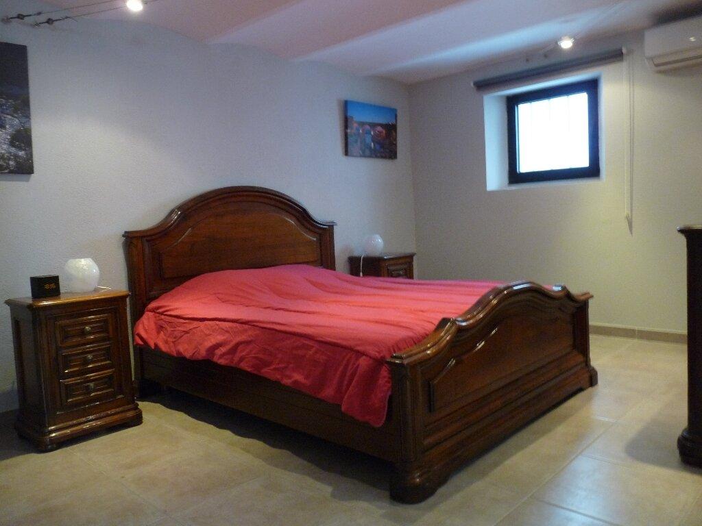 Appartement à louer 2 70m2 à Les Pennes-Mirabeau vignette-2