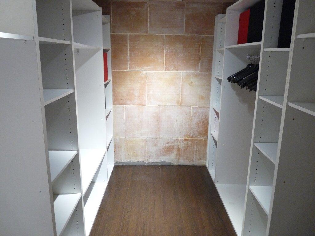 Appartement à louer 2 70m2 à Les Pennes-Mirabeau vignette-5