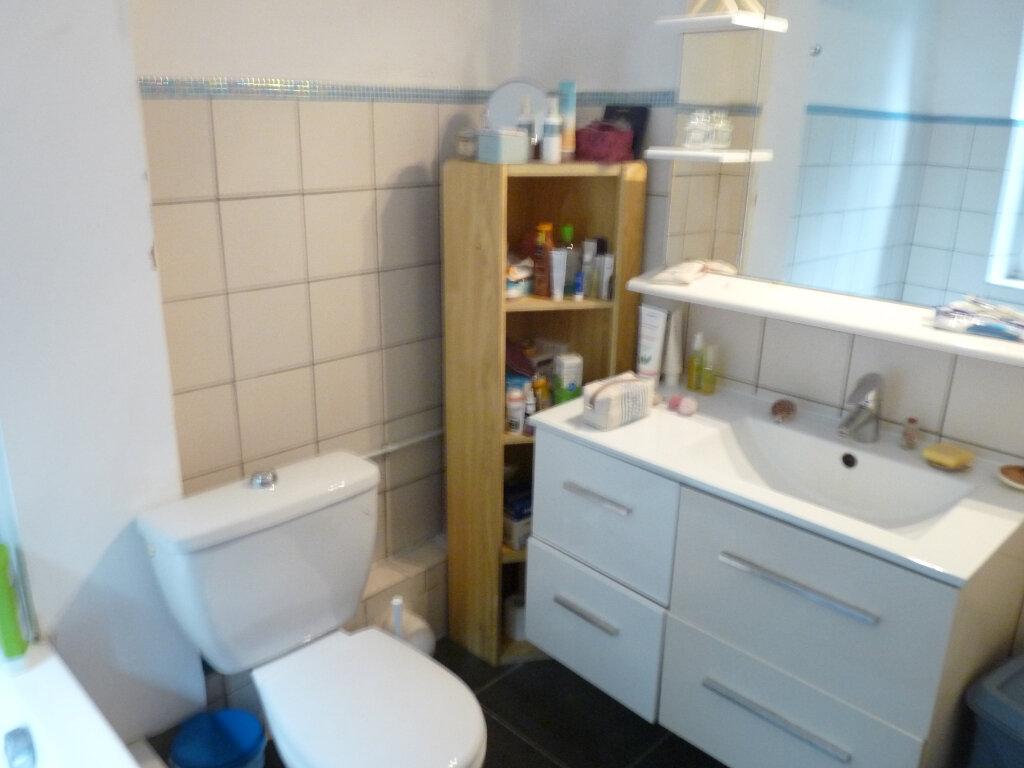 Appartement à louer 2 47m2 à Marseille 8 vignette-5