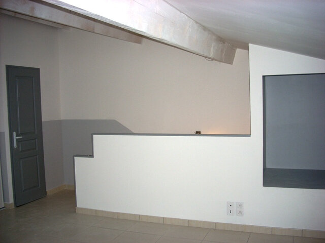 Appartement à louer 2 47m2 à Pélissanne vignette-4