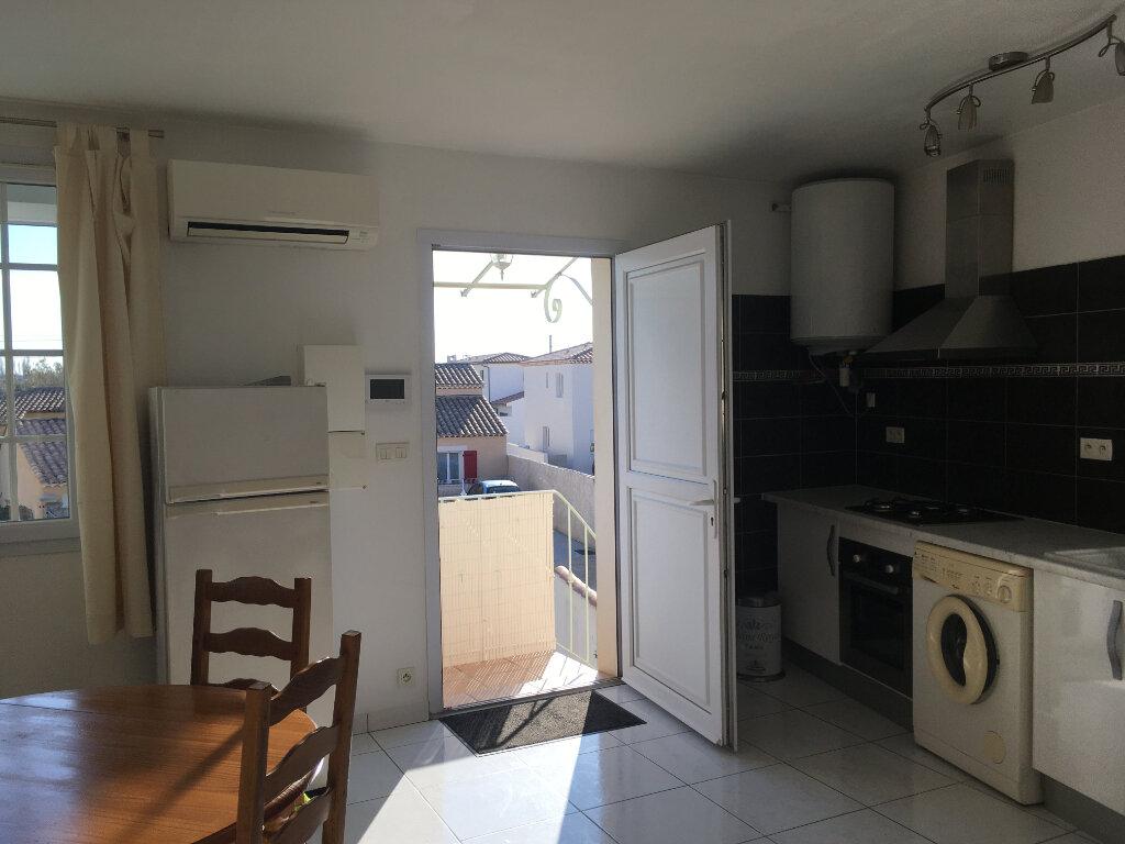 Appartement à louer 2 39m2 à Salon-de-Provence vignette-5