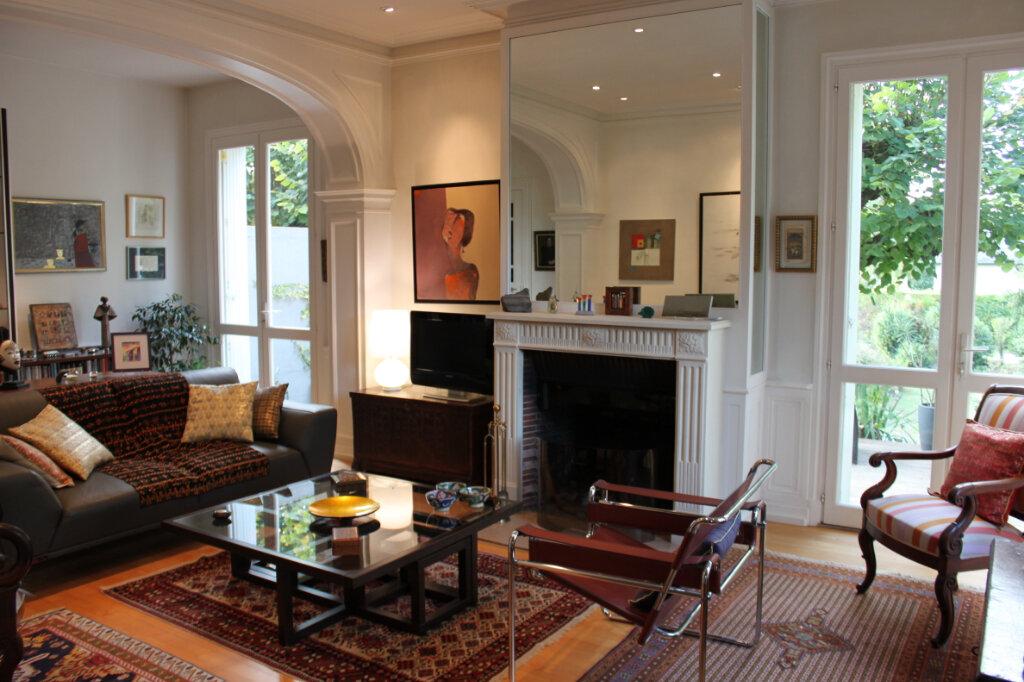 Maison à vendre 8 205m2 à Chambray-lès-Tours vignette-5