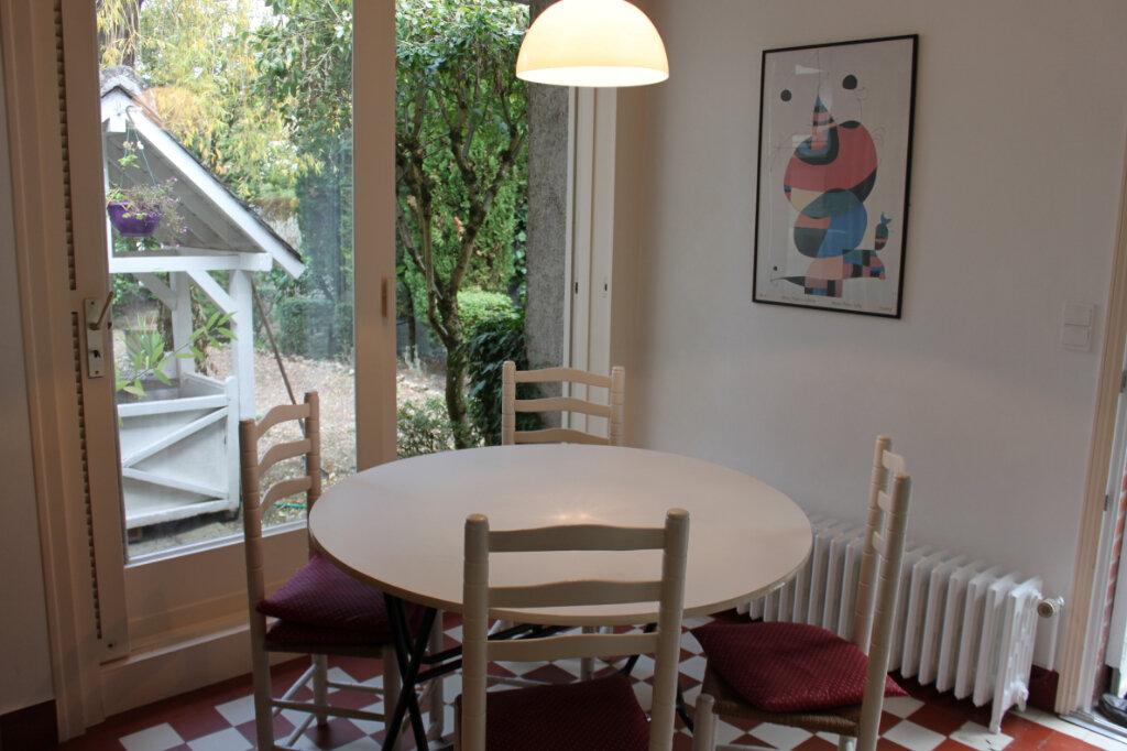 Maison à vendre 8 205m2 à Chambray-lès-Tours vignette-10