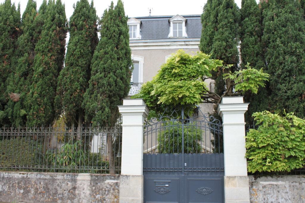 Maison à vendre 8 205m2 à Chambray-lès-Tours vignette-16