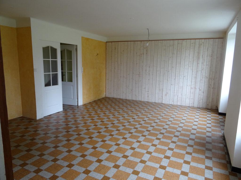 Maison à vendre 5 101m2 à Saint-Denis-sur-Sarthon vignette-5