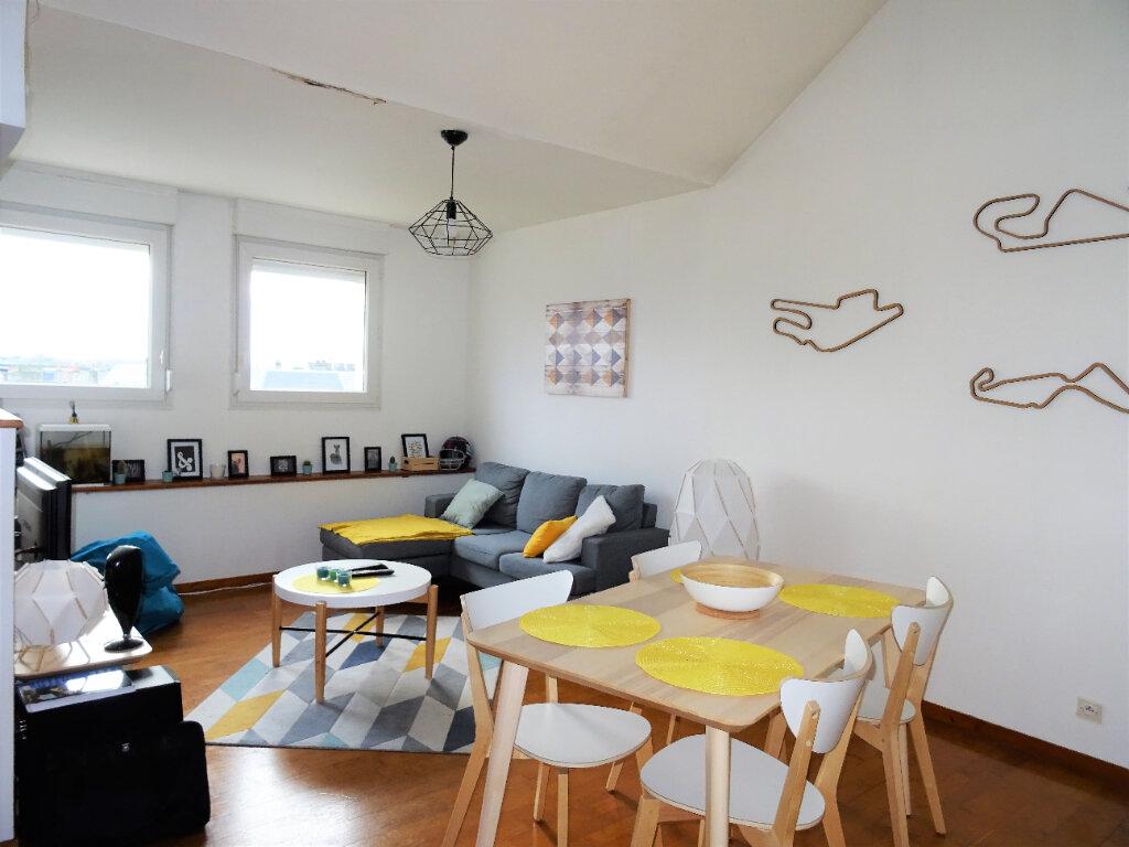 Appartement à louer 3 56.5m2 à Alençon vignette-1