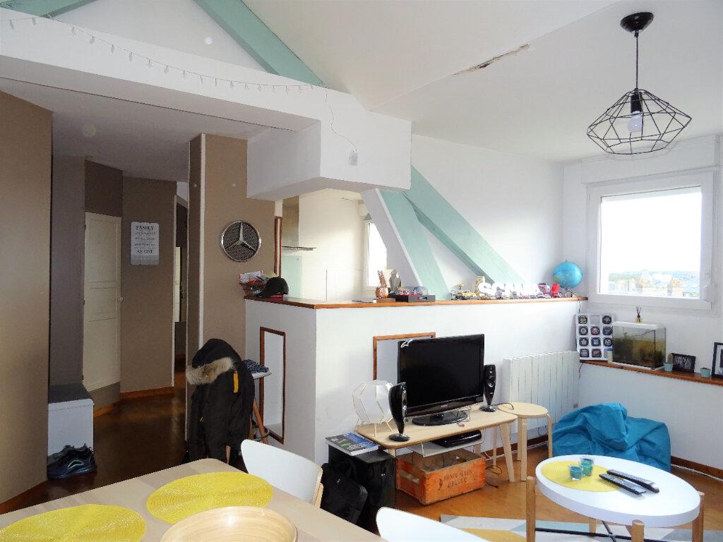 Appartement à louer 3 56.5m2 à Alençon vignette-2