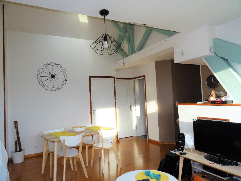 Appartement à louer 3 56.5m2 à Alençon vignette-3