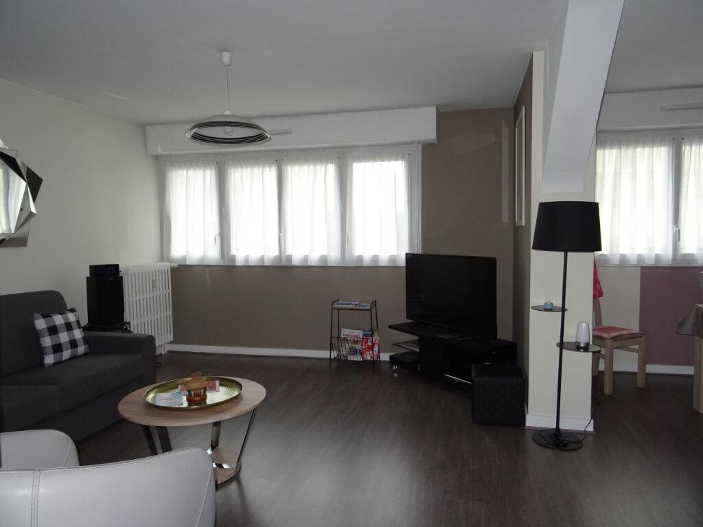 Appartement à vendre 4 80m2 à Alençon vignette-1
