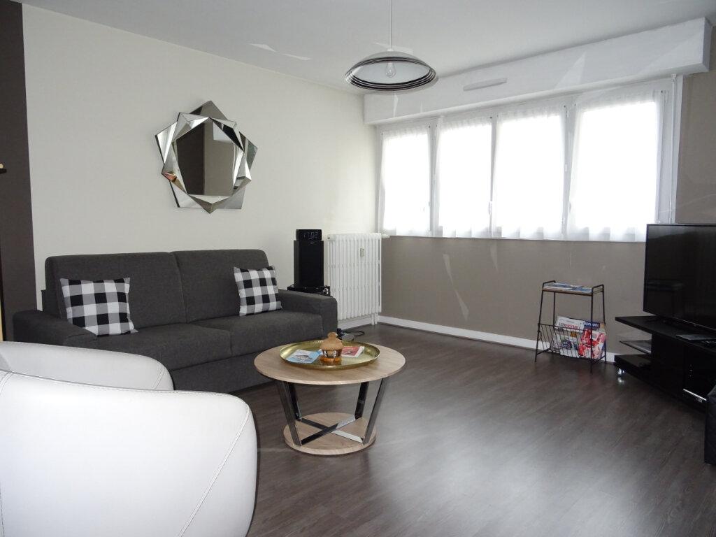 Appartement à vendre 4 80m2 à Alençon vignette-2