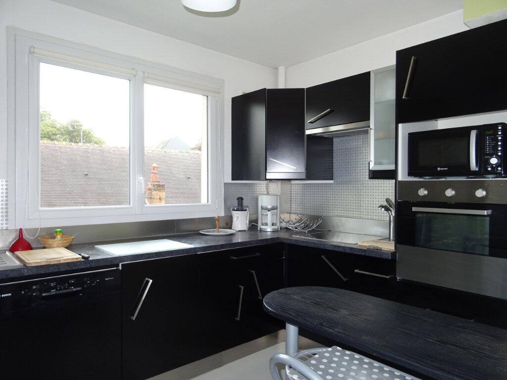 Appartement à vendre 4 80m2 à Alençon vignette-3