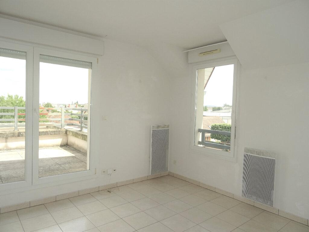 Appartement à louer 2 34m2 à Alençon vignette-2