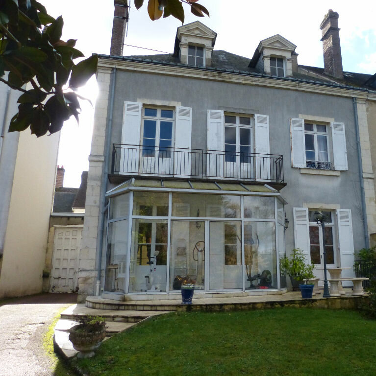 Maison à vendre 5 189m2 à Nogent-le-Rotrou vignette-1