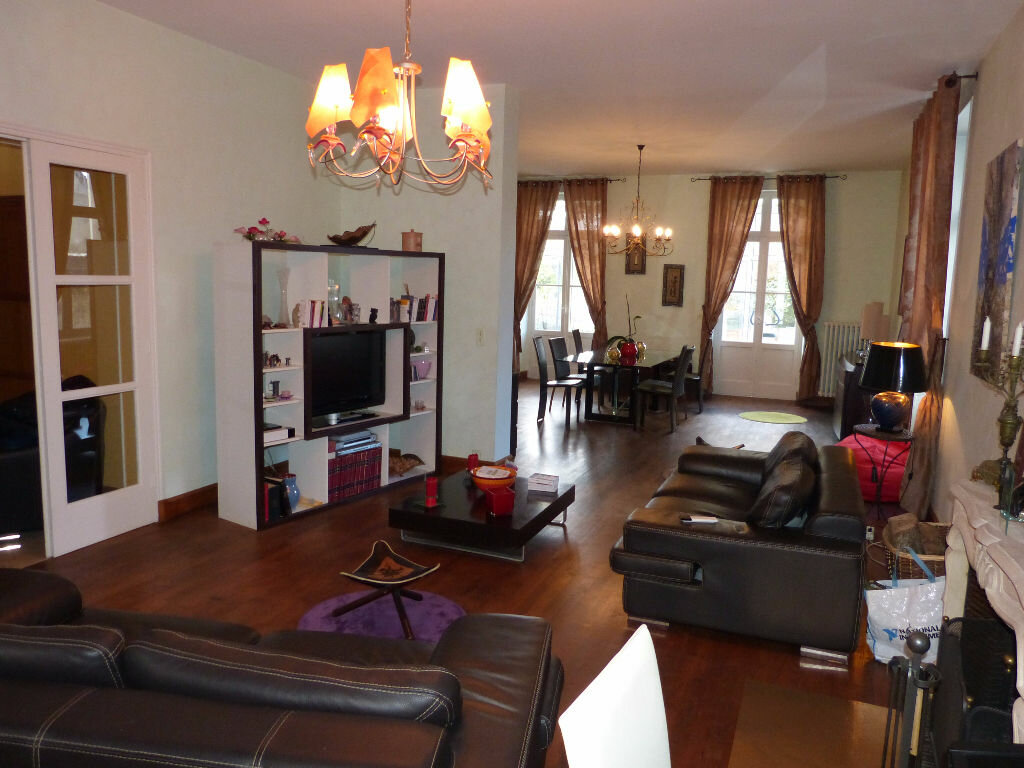 Maison à vendre 5 189m2 à Nogent-le-Rotrou vignette-3