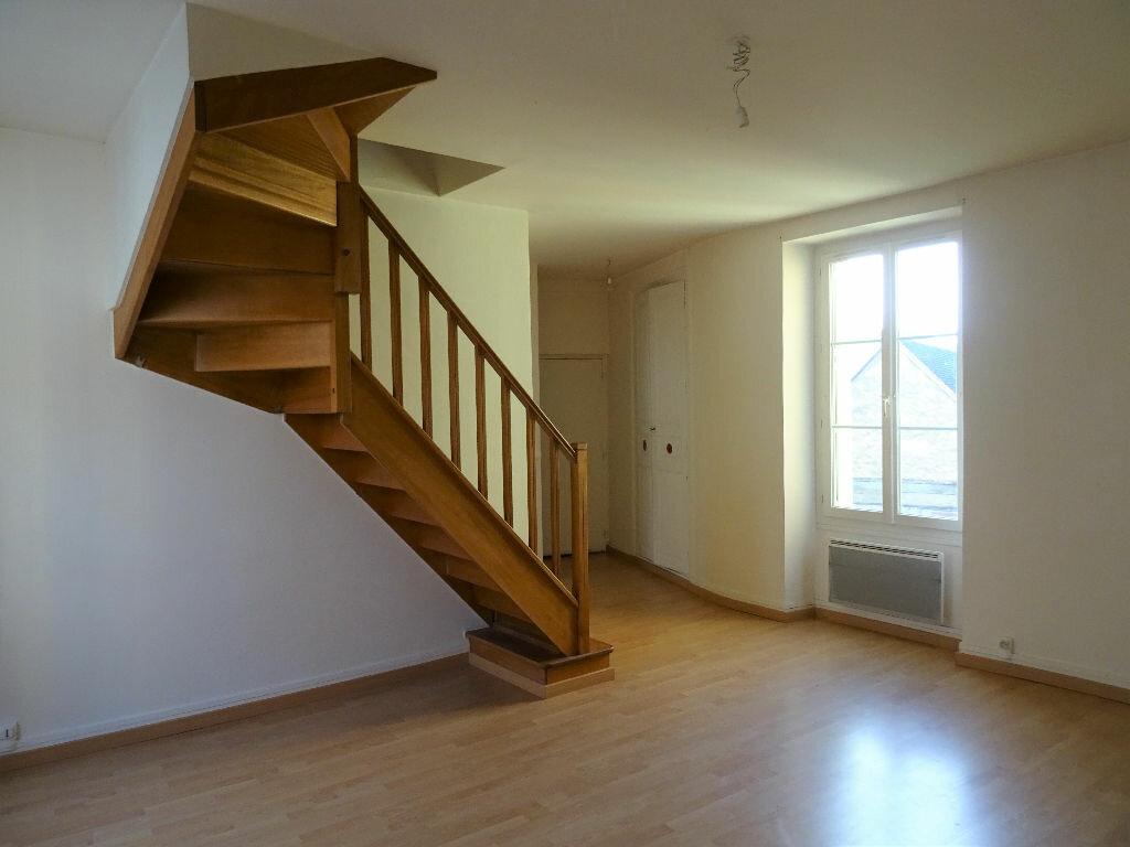 Appartement à louer 3 59m2 à Nogent-le-Rotrou vignette-1