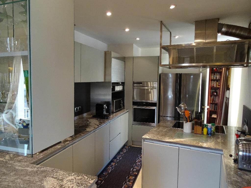 Appartement à vendre 5 144m2 à Nogent-le-Rotrou vignette-2