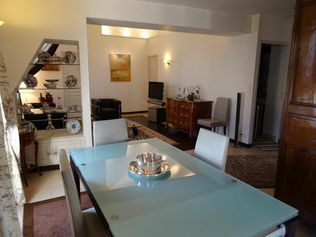 Appartement à vendre 5 144m2 à Nogent-le-Rotrou vignette-3