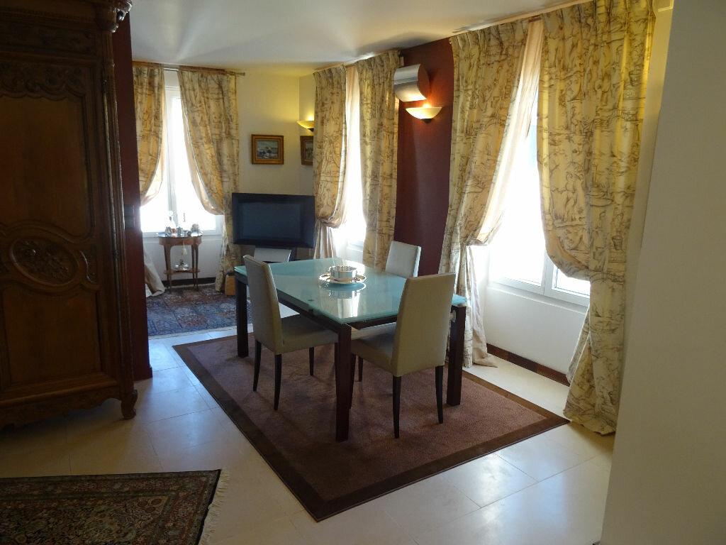 Appartement à vendre 5 144m2 à Nogent-le-Rotrou vignette-4