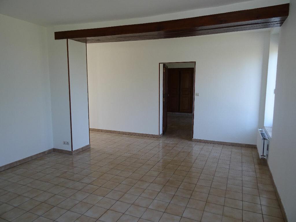 Maison à louer 6 138.5m2 à Nogent-le-Rotrou vignette-4