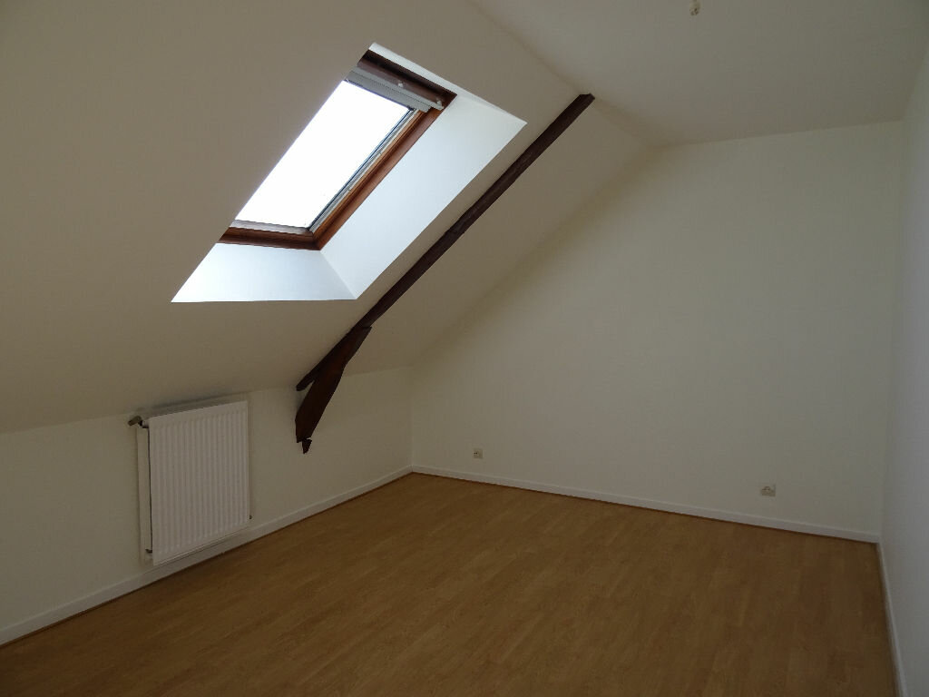 Maison à louer 6 138.5m2 à Nogent-le-Rotrou vignette-11
