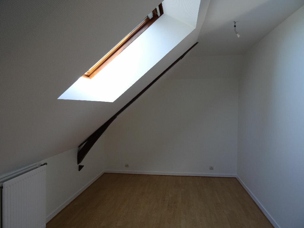 Maison à louer 6 138.5m2 à Nogent-le-Rotrou vignette-13