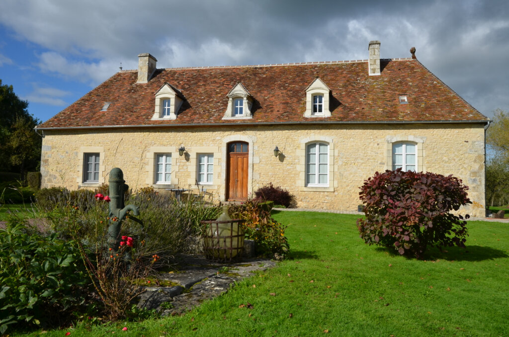 Maison à vendre 8 195m2 à Mortagne-au-Perche vignette-1