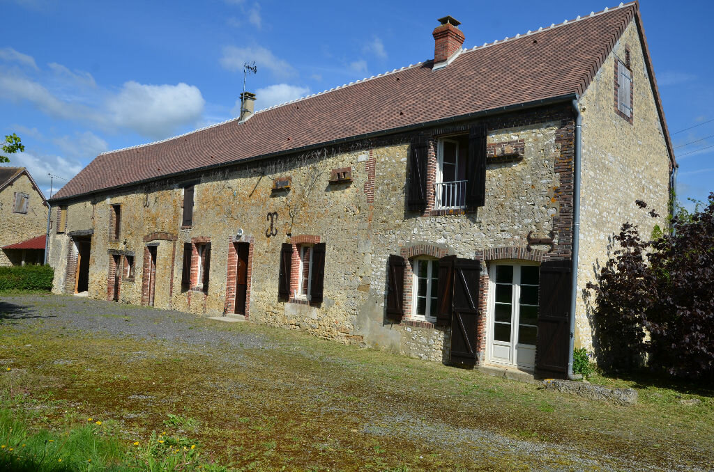 Maison à vendre 6 250m2 à Mortagne-au-Perche vignette-1