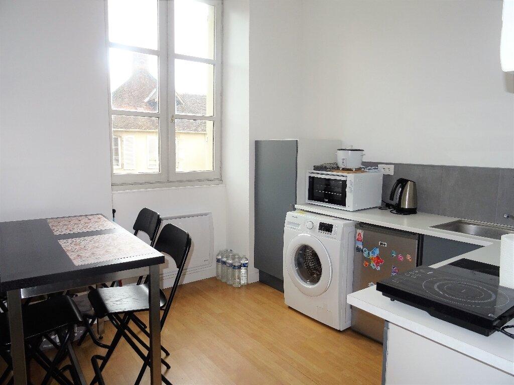 Appartement à louer 2 31m2 à Alençon vignette-2