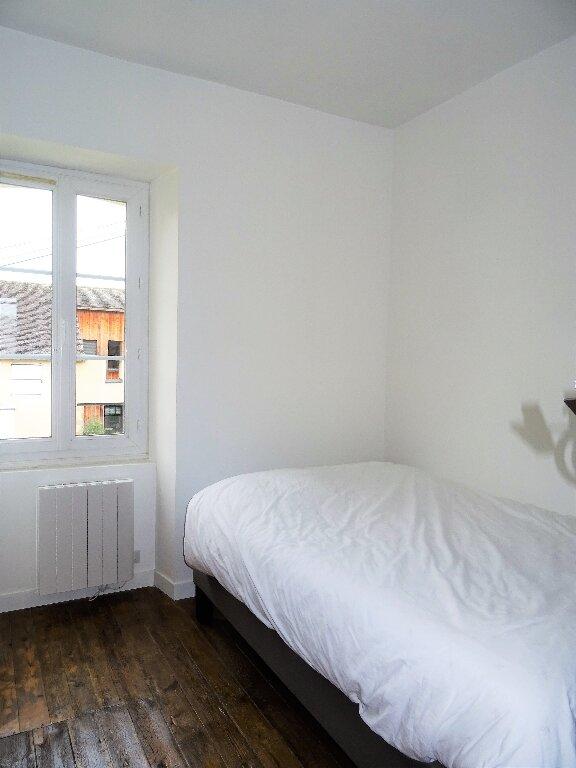 Appartement à louer 2 31m2 à Alençon vignette-4