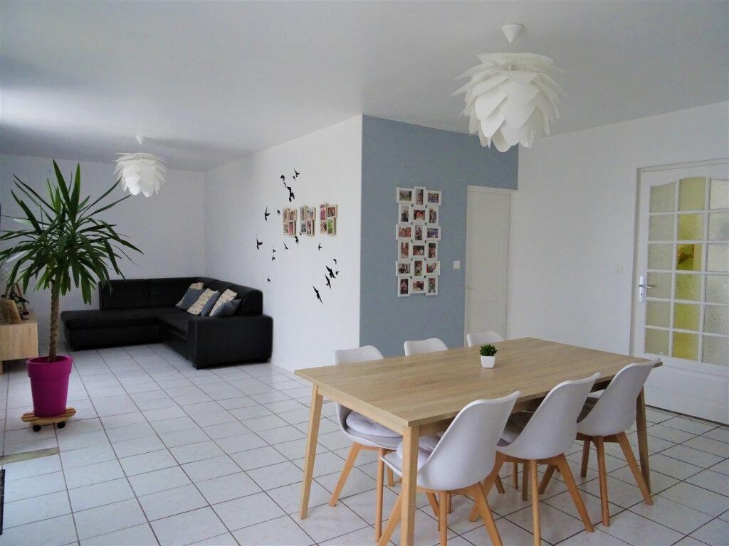 Maison à vendre 5 95m2 à Saint-Denis-sur-Sarthon vignette-2