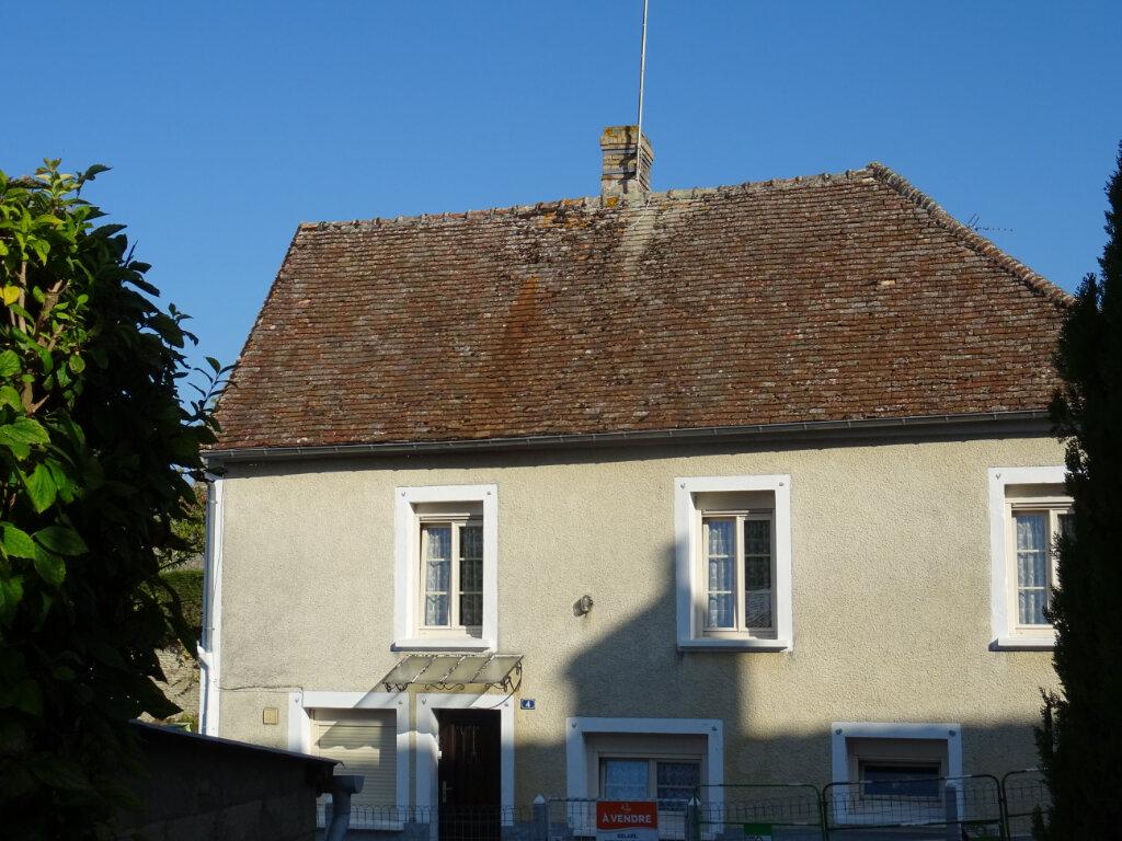 Maison à vendre 4 80m2 à Rouessé-Fontaine vignette-4