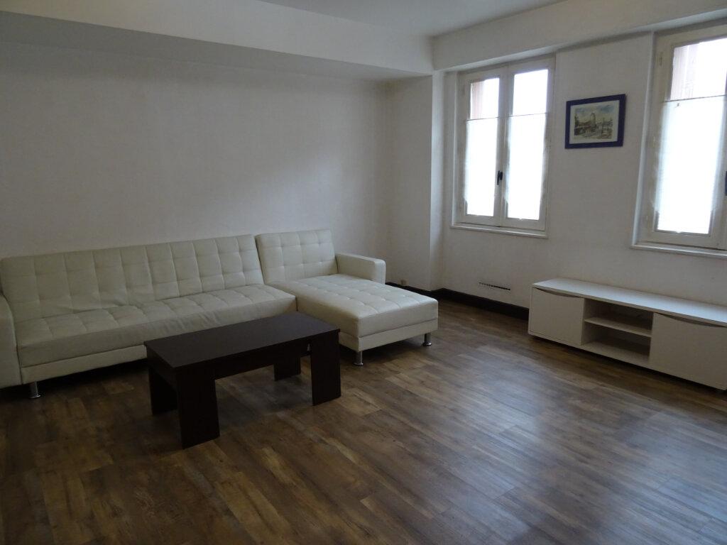 Appartement à louer 1 35m2 à Nogent-le-Rotrou vignette-1